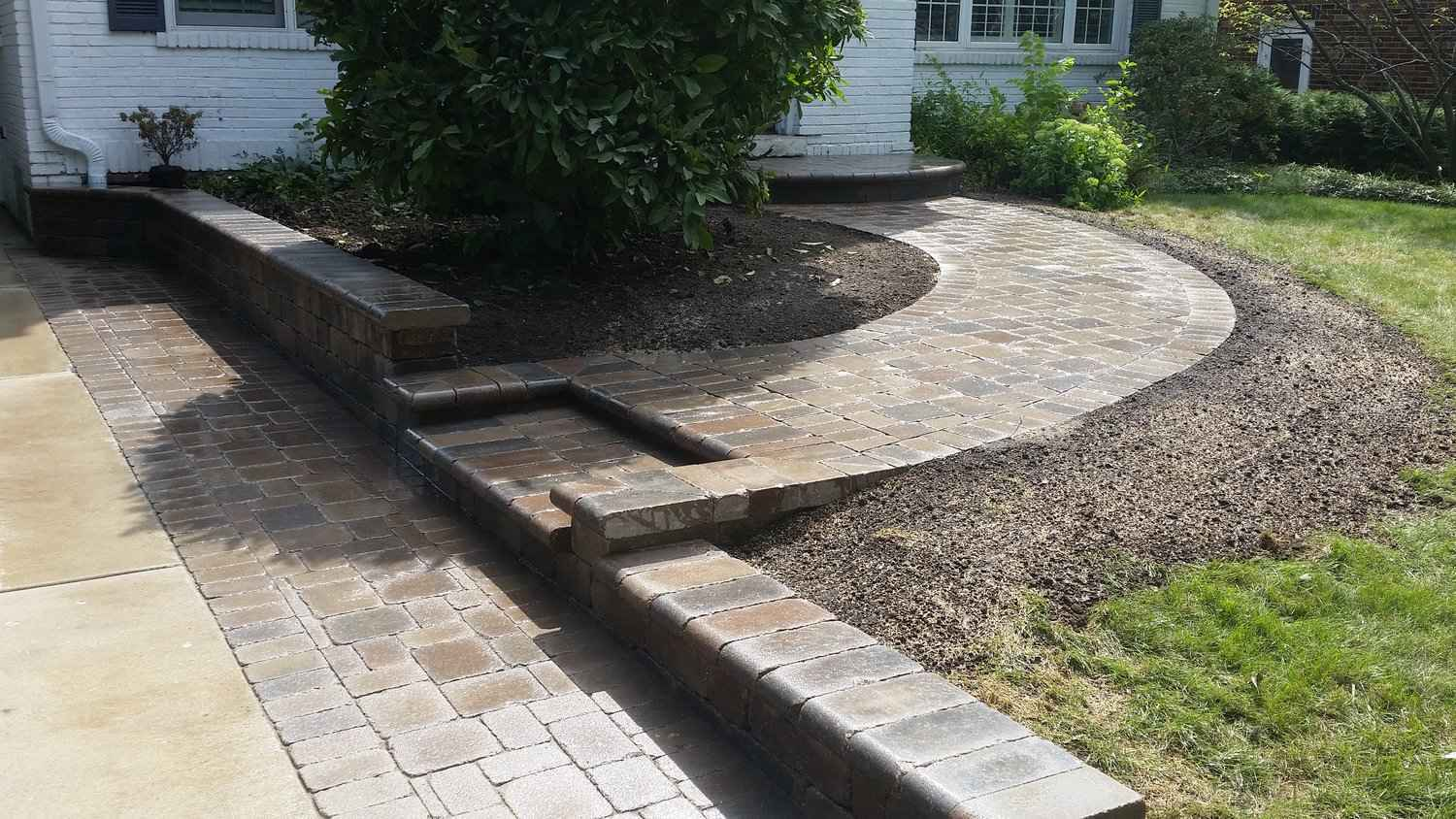 Duncanville-DeSoto TX Professional Landscapers & Outdoor Living Designs-We offer Landscape Design, Outdoor Patios & Pergolas, Outdoor Living Spaces, Stonescapes, Residential & Commercial Landscaping, Irrigation Installation & Repairs, Drainage Systems, Landscape Lighting, Outdoor Living Spaces, Tree Service, Lawn Service, and more.